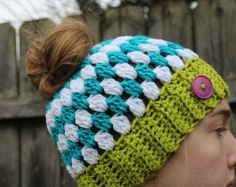 RTS Messy Bun Hat,Blue Green White Ponytail Beanie Ready to Ship Stripe Handmade Crochet Messy Bun Hat Knit Pony tail Hat with Purple Button