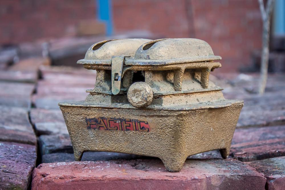 Pacific Sad Iron Heater Vintage Gold Home Decor
