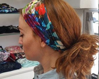 Pre-tied bright multicoloured Headband