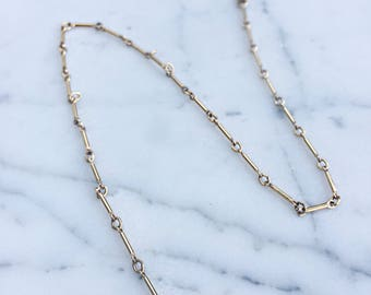 Gold Lariat Necklace with Pendant