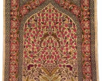 Very fine Turkish Hereke rug %100 Silk 2'x3' ~ 484 KPSI