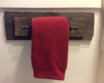 Farmhouse decor, Towel Hanger, reclaimed wood, towel holder, farmhouse, towel bar, rustic, bathroom decor, home decor