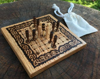 READY TO SHIP! - Hnefatafl Game: Brandub - Mini Traditional Board Game, Irish variant of Viking Tafl, Strategy Game, handcrafted of oak