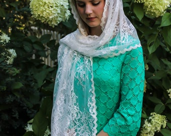 Evintage Veils~  White Spanish  Floral  Vintage Inspired Lace Chapel Veil Scarf Mantilla Shawl