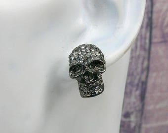 Glitter Halloween skull earrings, skull earrings, earrings, black metal earrings, Earstuds crystals, sugar skull earrings