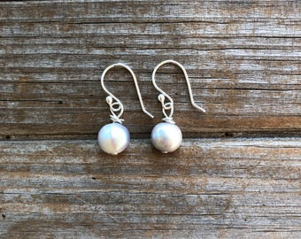 Grey Freshwater Pearl Sterling Silver Earrings,  Simple Pearl Earrings, Gifts for her, Birthday Gift, Gift for Mom, Gift for Women
