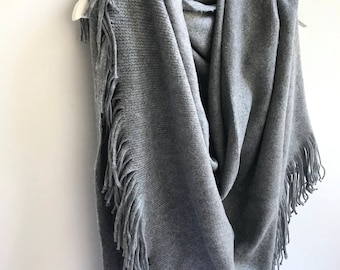 Winter Wedding, Gray Winter Shawl, Winter Bridal Shawl, Winter Bridesmaid Shawl, Warm Gray Knit Wrap, Soft Cozy Cover Up, Christmas Gift