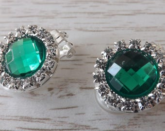 Clip-on emerald green diamanté earrings, round earrings, clipon green earrings, sparkly earrings, unpierced earrings, non-pierced earrings