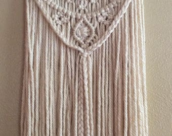 Macrame / Macrame Wall Hanging / Wall Art / Fiber Art / Home Decor / Bohemian / Boho Home