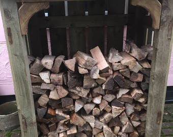 chunky log store wooden