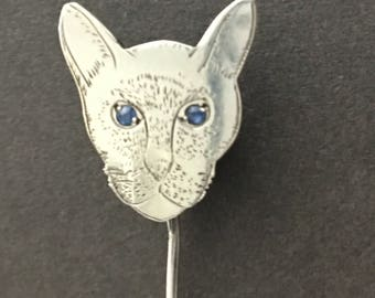 Beautiful Victorian Cat Tie Pin