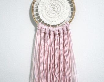 Circular Woven Wall Hanging / Light Pink