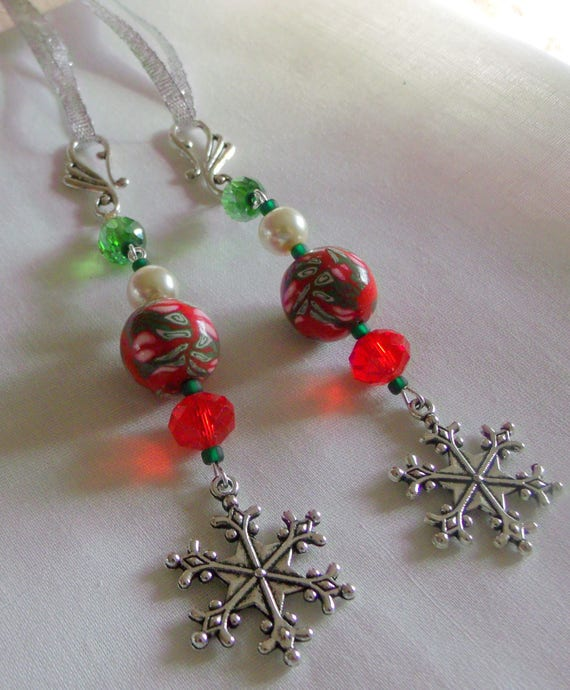 Snowflake ornaments - set of 3 - Holiday - Christmas tree  - red floral green polymer clay  -  beaded accents - gift bag decor Lizporiginals