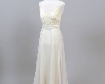 1970 Lace and Pearl Vintage Wedding Dress