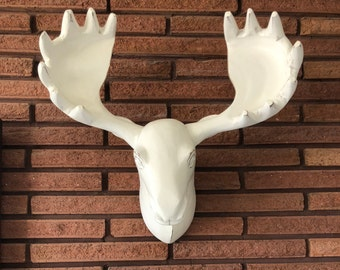 Vintage White Wooden Wall Mounted Moose Head
