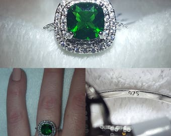 Antique-Style Emerald Sterling Silver Ring