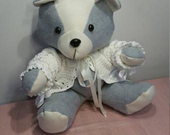 Cuddly bear, cuddle, stuffed bear, baby toy, box toy, grey, orange.