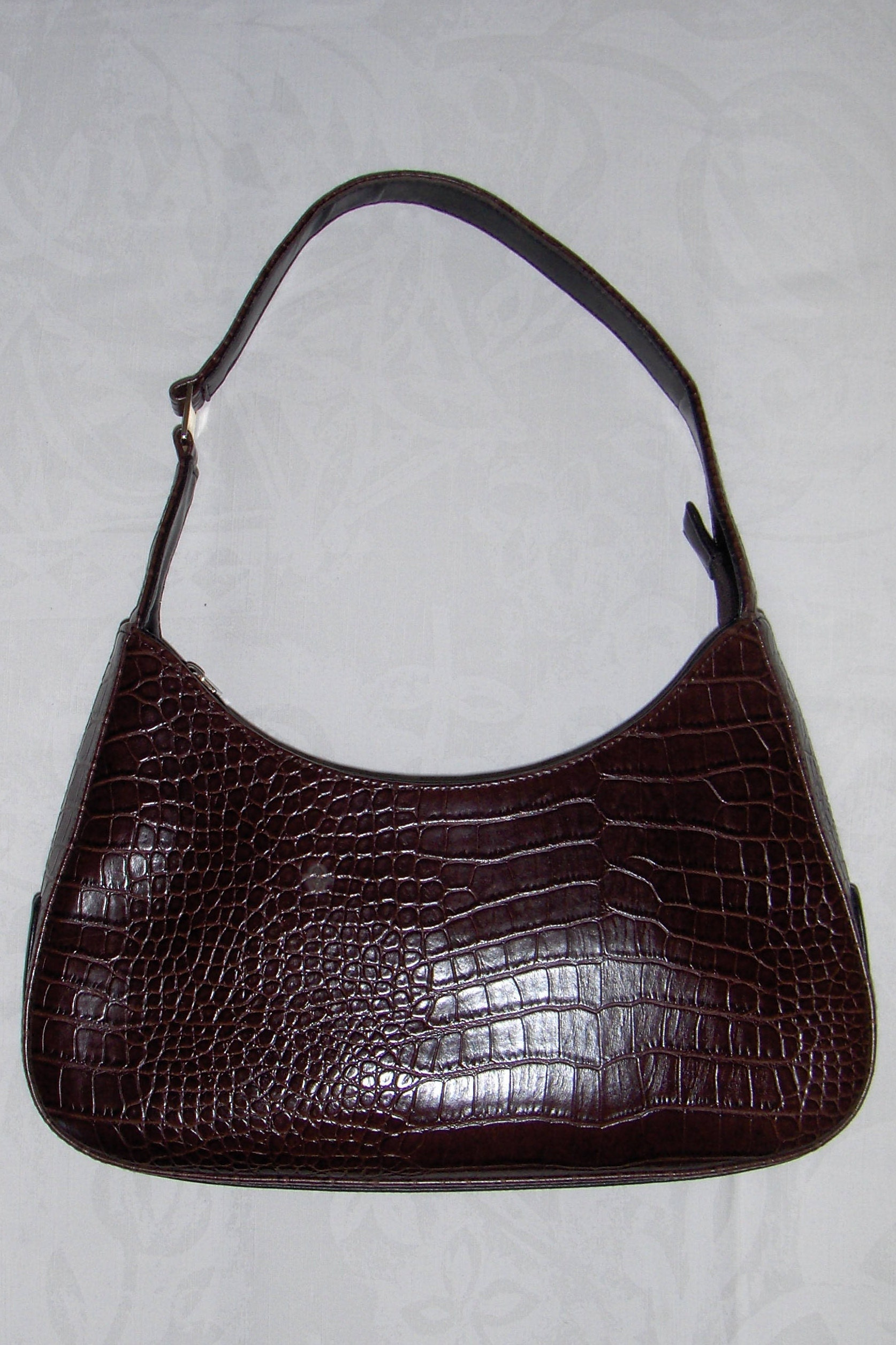 d051e278443 Vintage SACATINI brown and black faux leather shoulder bag  Brown faux  alligator shoulder purse