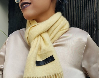 Milky Softy Virgin Cashmere scarf