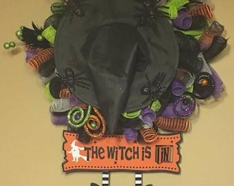 Halloween Wreath, Witch Legs Wreath, Witch Wreath, Halloween Mesh Wreath, Witch Mesh Wreath, Witch Legs Mesh Wreath, Halloween Decor