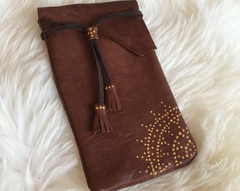Leather handmade Iphone 6/7 sleeve hand dotted