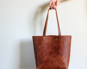 Tote bag Tote bag with pockets Medium leather tote bag  Tobacco distressed structured leather Hand stitched shopper bag - with inside pocket
