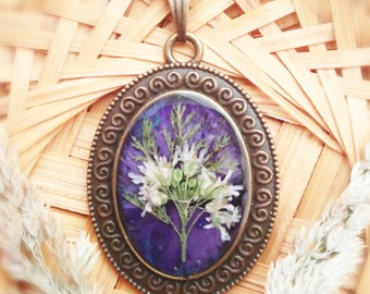 Mystical Jewelry Dark Blue Necklace Real Flower Pendant Wildflower Terrarium Real Plant Preserved in Resin Present Girlfriend for Her Wife