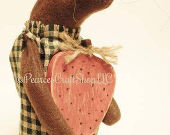 Primitive Mouse with Strawberry - Made To Order, Spring Decor, Handmade Mouse, Country Farmhouse Decor