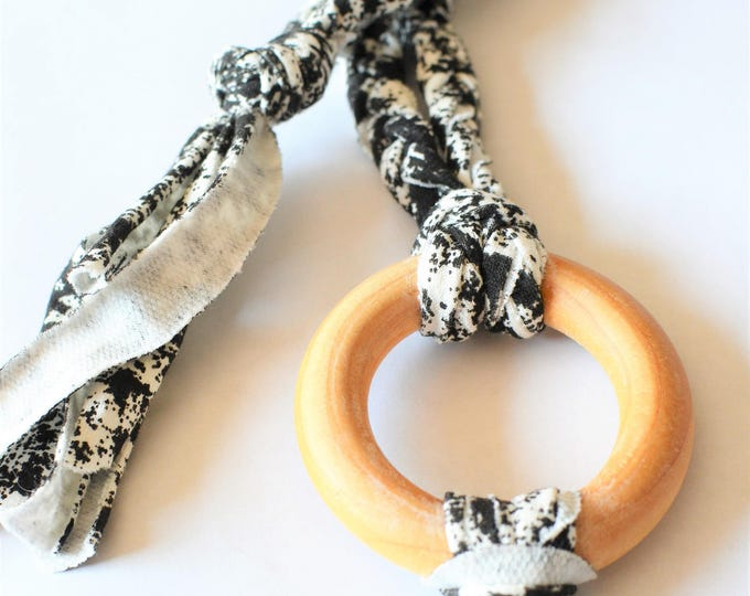 Black and White Tug & Pull Teething Tassel Necklace | Black and White Macrame Teething Necklace