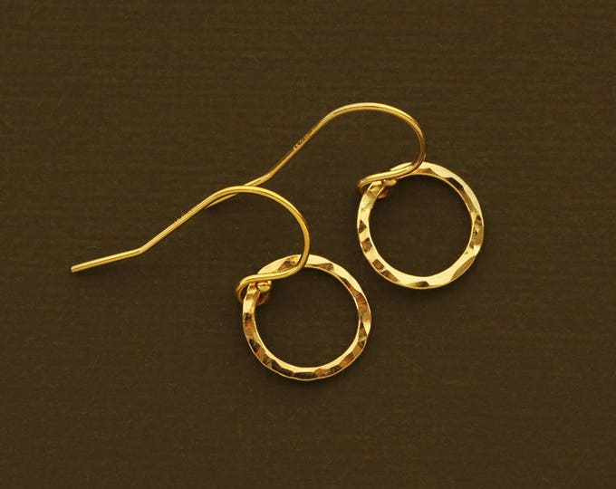 Minimalist 14K Gold Filled or Sterling Silver Circle Earrings - Simple Everyday Earrings