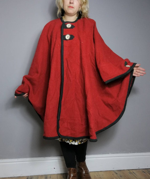 Red poncho cape / vintage cape coat / red with green trim wool cape / red wool poncho coat / vintage 90s cape / red riding hood / pure wool