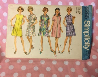 Vintage Simplicity 8285, 1969 Size 16 1/2 (petite) Dress Pattern
