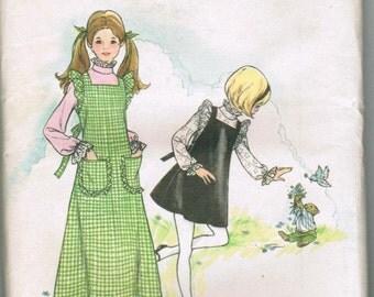 OOP Vintage Butterick 6933 Girls Jumper and Blouse Size 10 Uncut