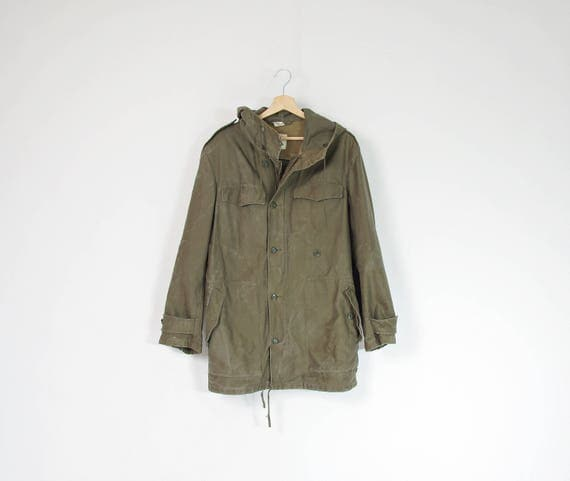 1979 Feuchter Ringelai distressed olive green parka jacket with hood / size M/L