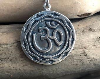 Silver Om necklace, om pendant, om necklace, OM,Silver Om Necklace, 925 Silver Om Necklace, Yoga Necklace, Gift for Her AUM018