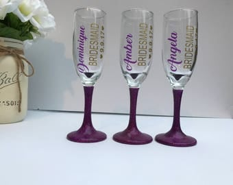 Personalized Bridesmaid Champagne Flutes, Bridesmaid champagne glasses, bridesmaid gifts, Bachelorette Party Wine Glass, toasting flutes