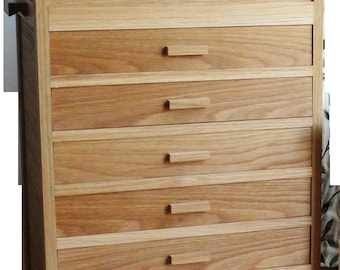 wooden sewing box (6 drawers)