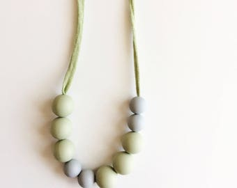 Teething Necklace for Mom & Baby - Beatrix