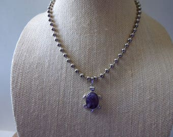 Amethyst GEMSTONE Turtle Necklace On Silver Ball Chainlink//Silver Jewelry//Turtles//Gemstone Jewelry//Amethyst Jewelry//Amethyst Pendant