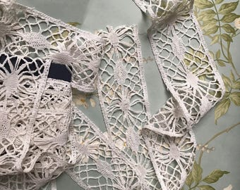 """Antique Linen Victorian Bobbin Lace Trim Handmade 5 Yard 15"""" X 2""""1/2 for textile art, costume, clothing,home decor,accessories,sewing"""