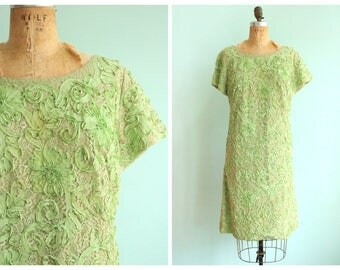 Vintage 1960's Sage Green Lace and Ribbon Dress | Size Extra Large