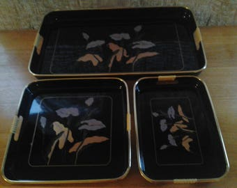 Nesting Black Floral Lacquerware Serving Trays Japan