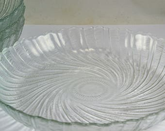 Arcoroc Seabreeze Swirl Coupe Bowls - Set of 4 - France - Clear Glass Scalloped Edge - Hard to Find Bowls