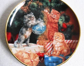 Beautiful collectible-Cats-Franklin Mint-Trimming the tree-Lesley Hammett-Vintage CAT/cats collector plate