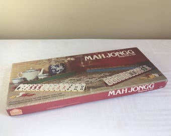 Mah Jongg Board Game Vintage 1975 Milton Bradley #2604, Complete Beginner's Set with National Mah Jongg League Inc. Instruction Booklet