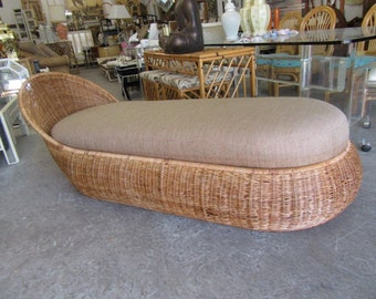 Fab Wicker Chaise Lounge