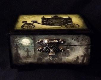 Small Cemetery Keepsake Box
