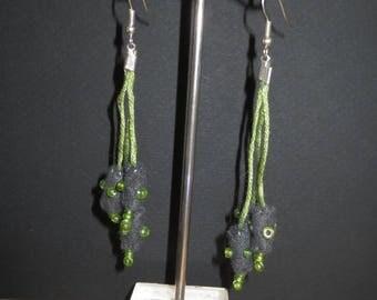 Grey felt and 42 beads earrings