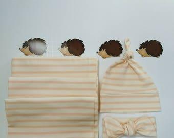 Pink swaddle set / Swaddling Blanket / Gift for baby / Newborn swaddler / Receiving blanket / Baby bow / Baby hat / Newborn blanket