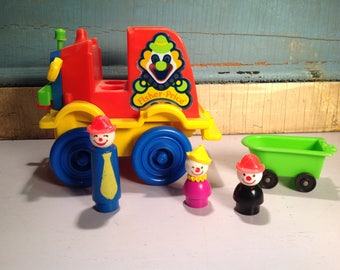 Vintage FISHER PRICE clown car